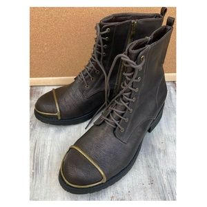 Mark. Ankle Boots 10